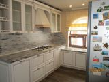 Кухня белая классика под размер заказчика
