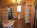 Встроенные шкафы для мансардной комнаты