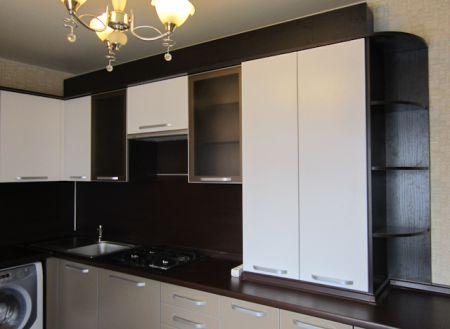 Кухня с пластиковыми фасадами - кухни - портфолио - изготовл.